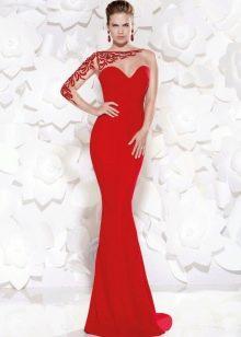 Вечернее платье длинное с одним рукавом