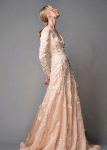 Вечернее платье закрытое в пол
