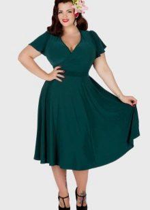 Зеленое вечернее платье для полных