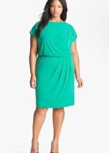 Вечернее зеленое платье для полных короткое