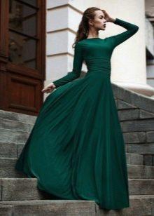 Вечернее платье зеленое закрытое