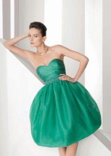 Короткое вечернее платье с ажурным верхом