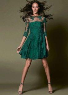 Короткое кружевное вечернее зеленое платье