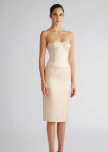 Платье-футляр белое вечернее
