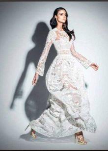 Белое кружевное платье от Зухаира Мурада