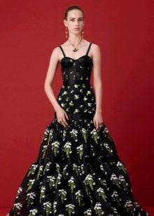 Черное вечернее платье с зеленым узором