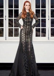 Черное кружевное вечернее платье