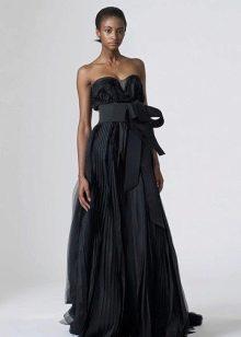 Черное прямое свадебное платье