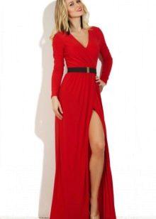 Красное вечернее платье с разрезом не дорогое