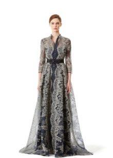 Вечернее платье от Carolina Herrera закрытое
