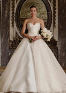 Свадебное платье А-образное