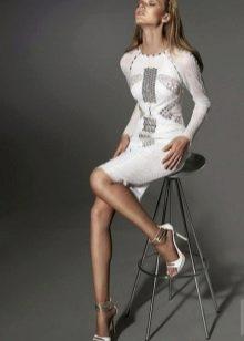 Белое платье вечернее с длинным рукавом