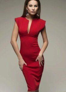 Красное платье-футляр вечернее миди