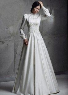 Свадебное платье в стиле ретро с кружевом