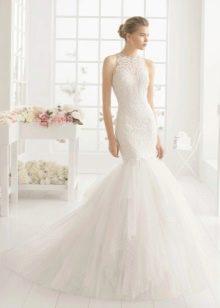 Свадебное платье с кружевом на корсете