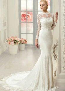 Кружевное свадебное платье русалка с длинными рукавами