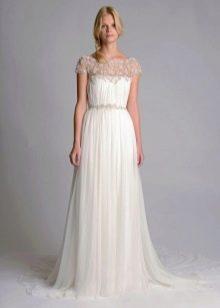 Свадебное платье с кружевной вставкой