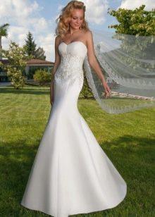 Частично кружевное свадебное платье