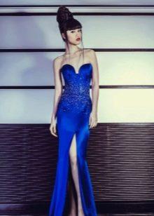 Синее вечернее платье с разрезом