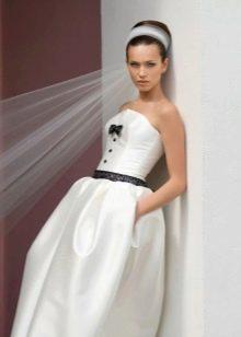 Свадебное платье с цельным корсетом