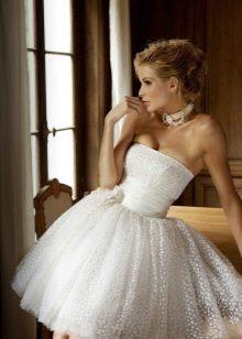короткое свадебное платье пышное с корсетом