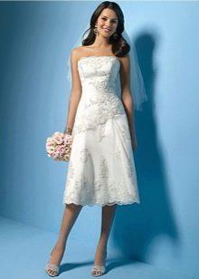 Свадебное платье с корсетом миди