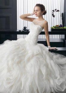 Свадебное платье с заниженной талией
