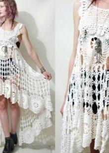 Платье-туника из мотивов крючком белое