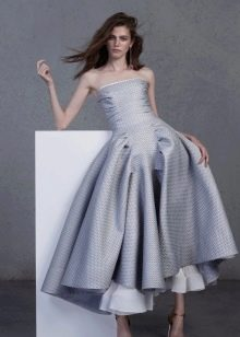 Вечернее платье серое с корсетом