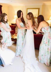 Разноцветные платья для подружек невесты
