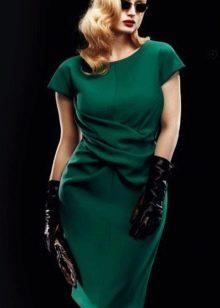 Темно-зеленое трикотажное платье