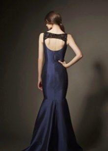 Вечернее платье с открытой спиной в пол