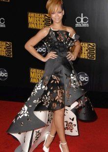 Вечернее платье короткое спереди длинное сзади Рианы