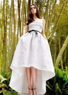 Вечернее платье короткое спереди длинное сзади белое