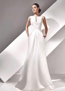 Свадебное платье прямое из коллекции Амур