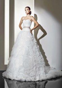 Свадебное платье с розами от Амур Бридал