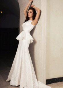 Свадебное платье с баской из коллекции Crystal Desing 2014