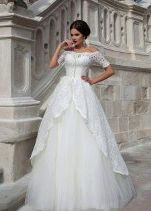 Свадебное платье с застежкой спереди от Crystal Design