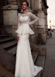 Свадебное платье с баской из коллекции Милано 2015