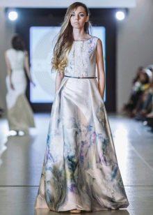 Вечернее платье а-силуэта из коллекции Privee 2016