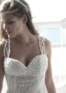 Свадебное платье с жемчугом на корсете
