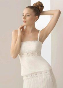Свадебное платье с жемчугом на поясе