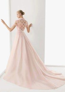 Свадебное платье розовое с кружевом
