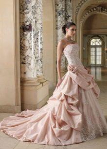Свадебное платье русалка в розовом цвете