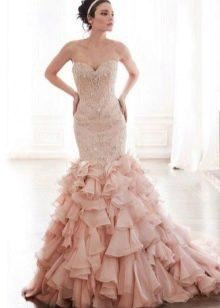 Свадебное платье русалка в розовом цвете с пышным хвостом