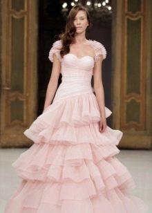 Свадебное платье бледно-розового цвета пышное