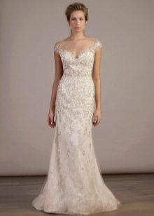 Прямое свадебное платье со стразами цвета айвори
