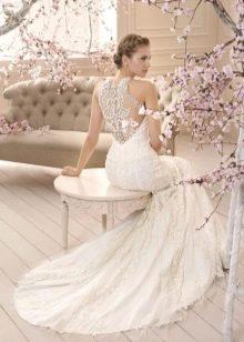 Платье свадебное с кружевной спиной 2016