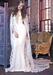 Свадебное платье от Galia Lahav 2016 с глубоким вырезом