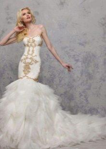Свадебное платье декорированное золотом от Yumi Katsura